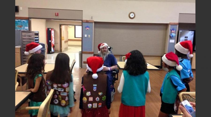 Aging & Adult Services, Girl Scouts go to VA hospital 1